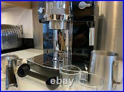De'Longhi ECAM EC 820. B Pump Espresso Automatic Coffee Cappuccino Maker Machine