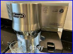 De'Longhi ECAM EC 850. M Pump Espresso Automatic Coffee Cappuccino Maker Machine