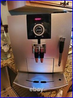 Jura impressa j5 Automatica Expresso and Coffee Machine