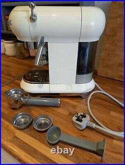 Smeg ECF01 Espresso and Cappuccino Maker Coffee Machine Cream (ECF01CRUK)
